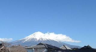 fuji_h270102.jpg
